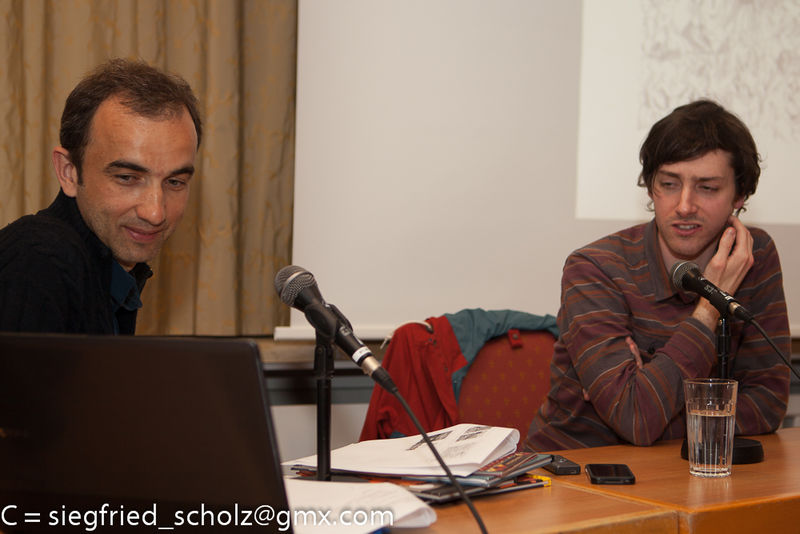 Luke Pearson und Lars von Toene